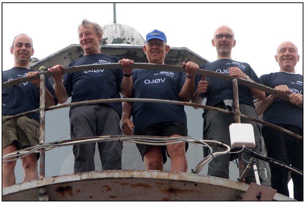Radioamatöörit laivan kannella.